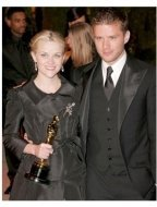 Reese Witherspoon and Ryan Phillippe at the 2006 Vanity Fair Oscar Party