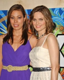 Michaela Conlin and Emily Deschanel