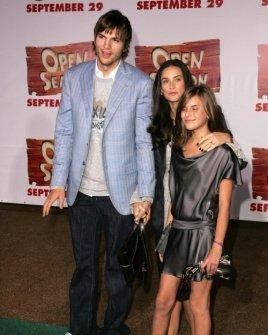 Ashton Kutcher with Demi Moore and Tallulah Belle Willis