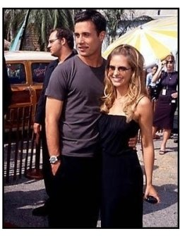 Freddie Prinze Jr. and Sarah Michelle Gellar at the 2000 Teen Choice Awards