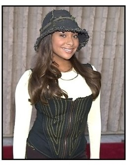 Raven-Symone at the Dr. Dolittle 2 premiere
