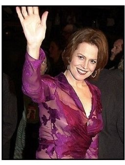 Sigourney Weaver at the Heartbreakers premiere