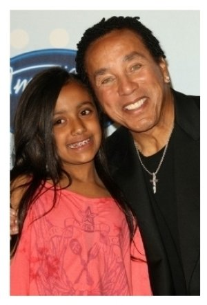 Smokey Robinson and his grandaughter