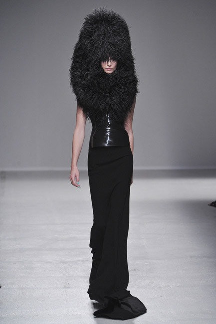 Paris Fashion Week Ready to Wear Spring/Summer 2014 - Gareth Pugh