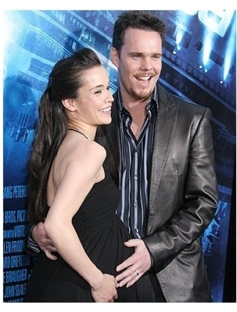 Poseidon Premiere Photos:  Kevin Dillon with wife Jane Stuart