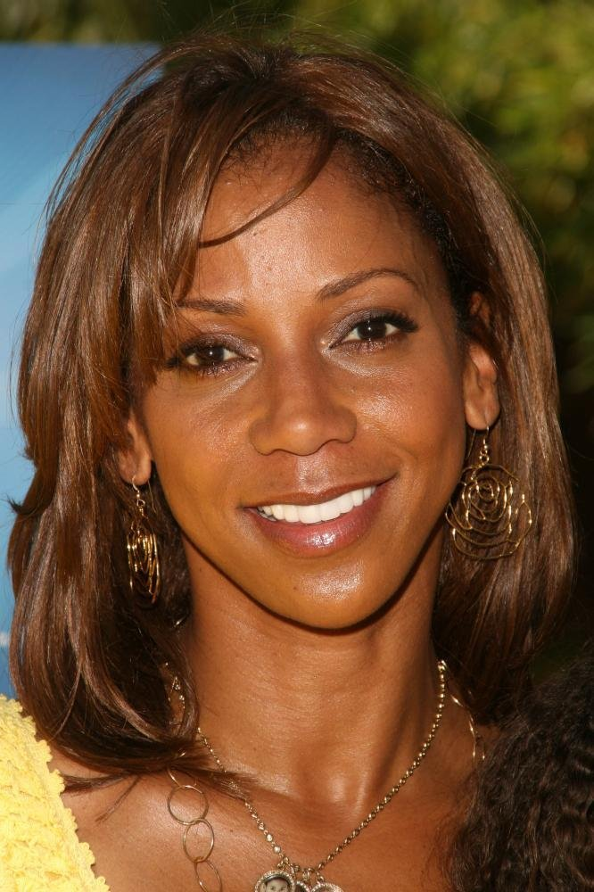 Holly Robinson